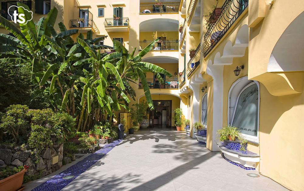 hotel negresco-1